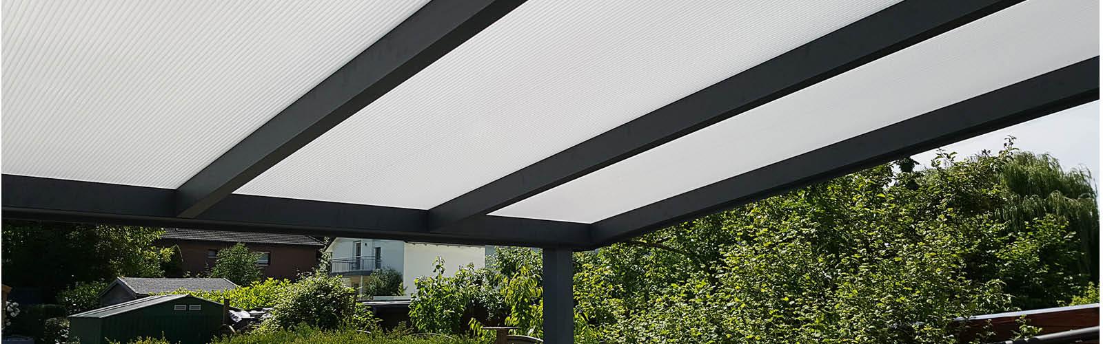 Stegplatten 16 mm Fachwerk Opalweiß mit Alu Unterbau