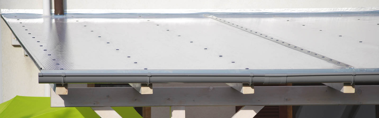Stegplatte 10 mm opalweiß in 2100 mm Breite